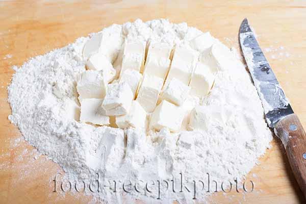 Ингредиенты для пирога с брусникой