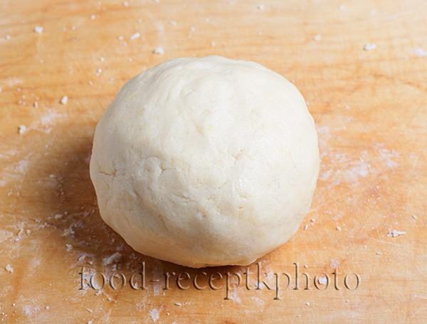 Тесто для пирога с брусникой