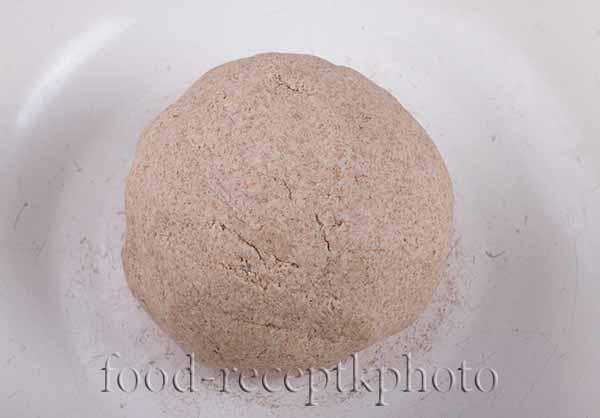 На фото тесто для калиток