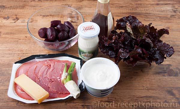 Ингредиенты для салата из молодой свёклы с хреном